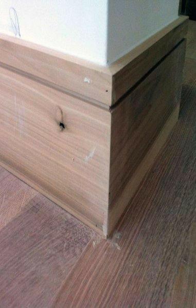 چهارچوب کلاسیک، قرنیز چوب کاج، دکوراسیون چوبی