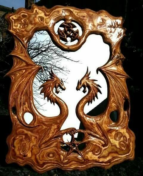 قاب آینه منبت کاری طرح اژدها