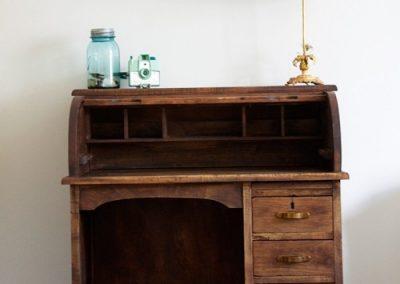 میز تحریر کلاسیک چوبی