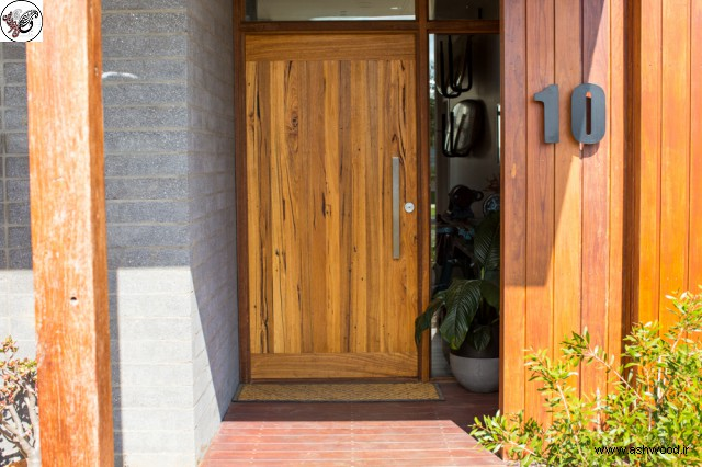 درب چوبی , رنگ درب ورودی
