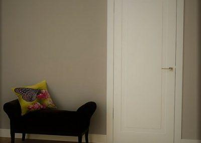 door (14)