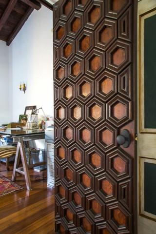 درب های چوبی هندسی , طراحی دکوراسیون هنری , بهترین انتخاب منحصر به فرد