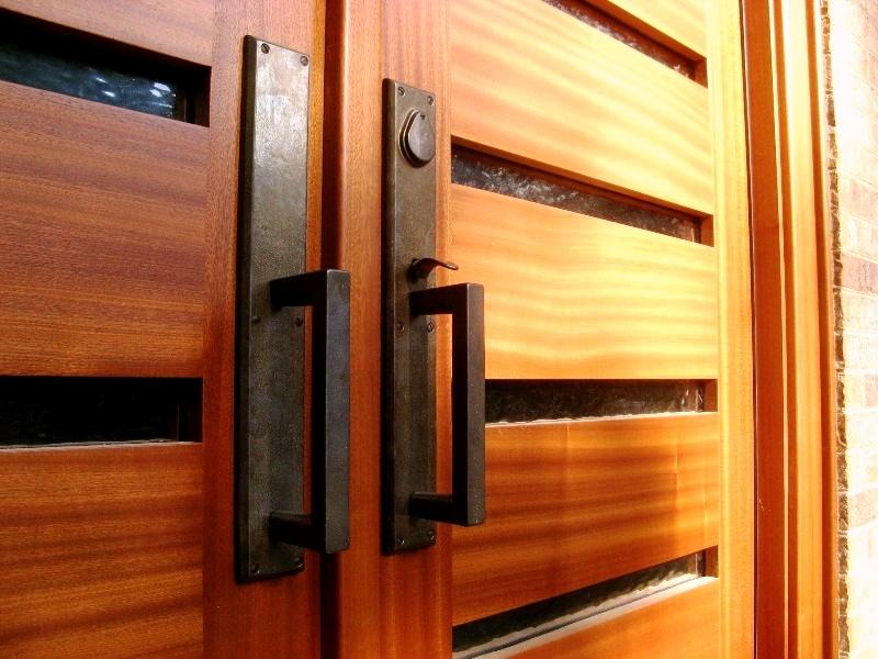 درب چوبی ساختمان