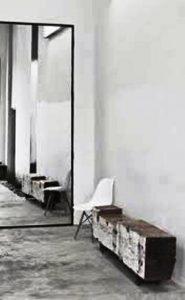 دکوراسیون چوبی آینه و قاب