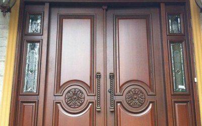 مدل درب ورودی تمام چوب لوکس کلاسیک