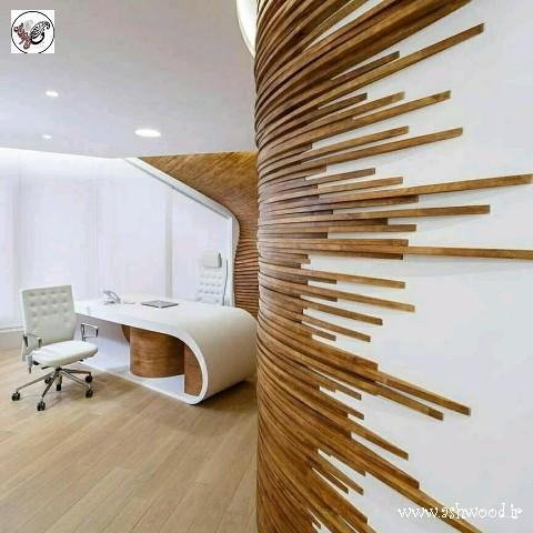 دکوراسیون دفتر کار شگفت انگیز و جالب . استفاده بسیار ابتکاری و خلاقانه از چوب در کنار میز تحریر