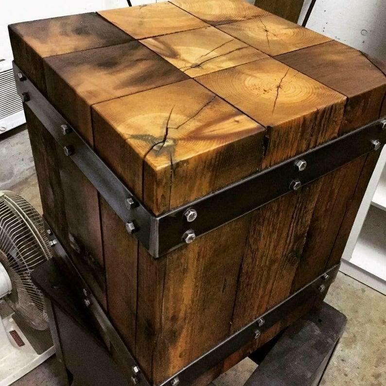 میز و صندلی چوبی با طراحي صنعتی، دکوراسیون چوبی آنتیک