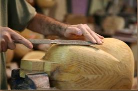 چوب درخت توت- ساخت آلات موسیقی با استفاده از چوب درخت توت