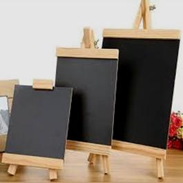 کاربرد چوب کاج در ابزار و وسایل چوبی، تخته سیاه های چوبی ساخته شده از چوب کاج