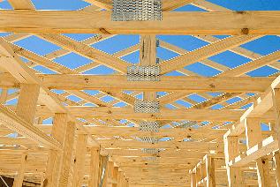 استفاده از چوب چهار تراش در ساخت کلبه و سازه های چوبی بزرگ