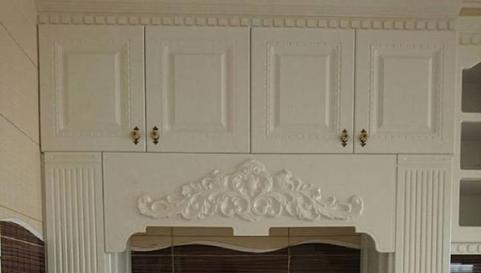 کابینت چوبی سفید رنگ