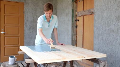 همه چیز راجع به رنگ کردن چوب -  رنگ آمیزی چوب فشرده شده