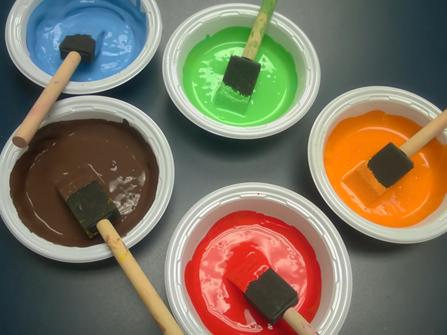 همه چیز راجع به رنگ کردن چوب -  رنگی کردن3/1 از طول قلمو