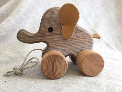 استفاده از چوب درخت سپیدار در ساخت اسباب بازی