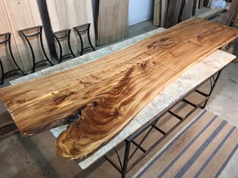 دانستنی هایی راجع به درخت و چوب نارون -  آیا چوب درخت ناورن از نوع سخت چوب است؟
