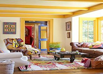 تیر چوبی سقفی- استفاده از رنگ قهوه ای تیره مایل به سیاه در استفاده از تیر های چوبی سقفی