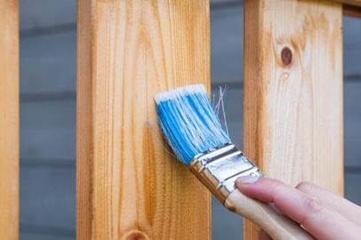 همه چیز راجع به رنگ پلی اورتان چوب -  استفاده از قلمو