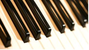 کلید های پیانو ساخته شده از چوب آبنوس