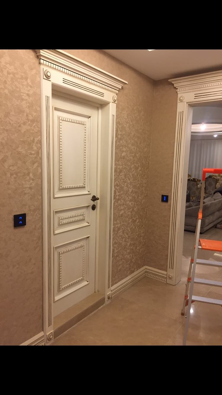 درب و چهارچوب در اتاقی ، درب داخلی منزل سبک کلاسیک