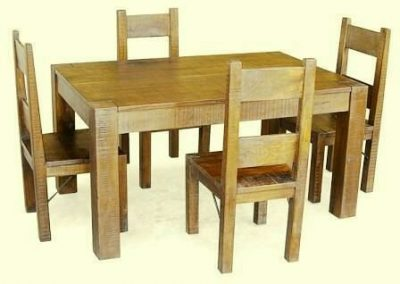 میز چوبی سبک روستیک