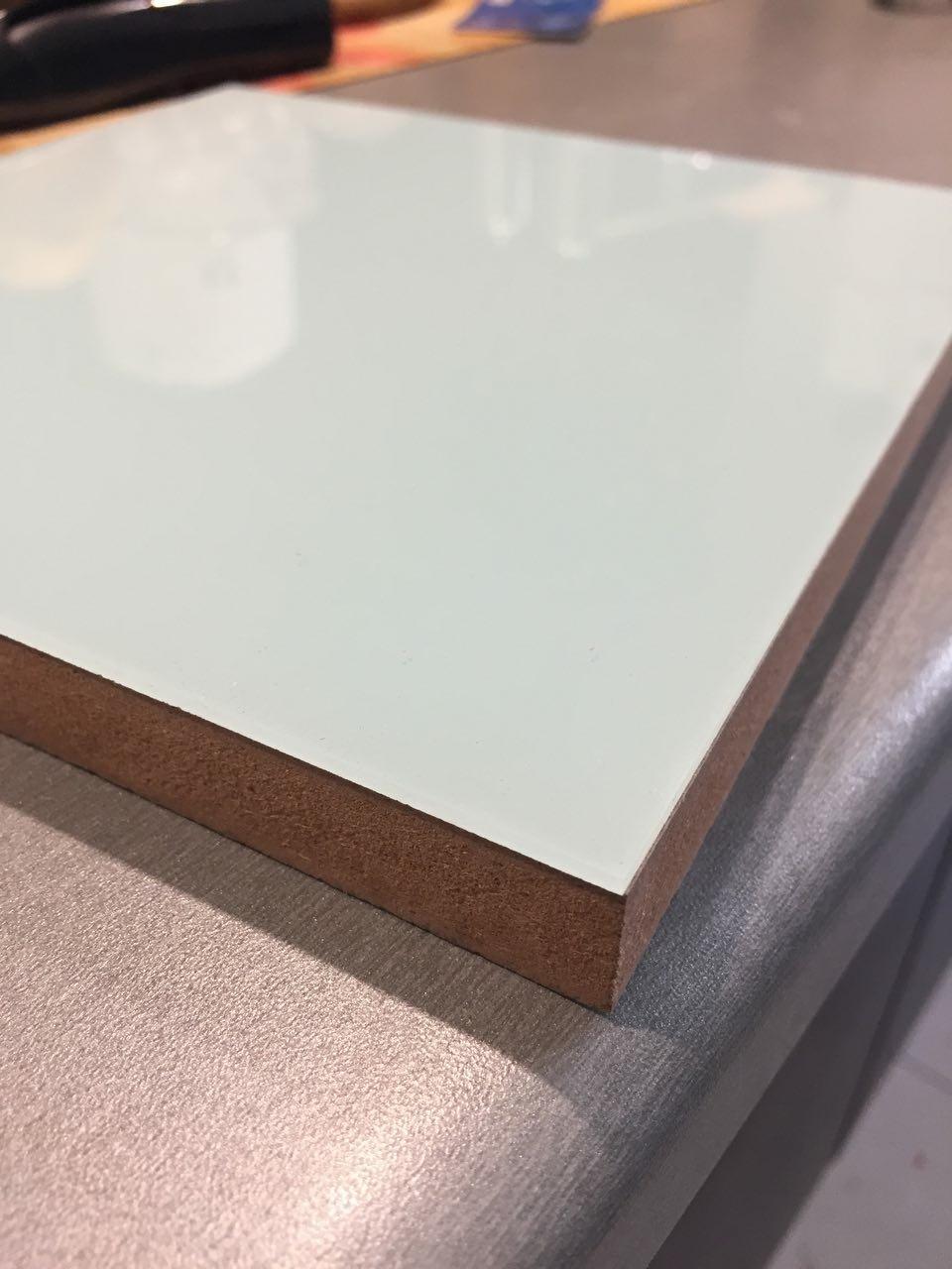 رنگ ورق کابینت آشپزخانه