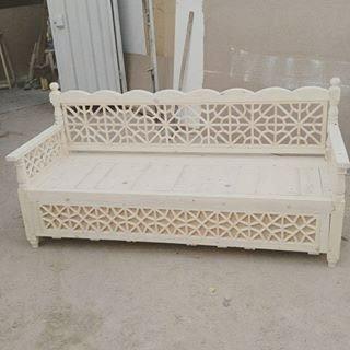 تخت سنتی چوب کاج