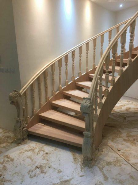 مدل های راه پله چوبی با انواع طرح های جدید و کاربردی