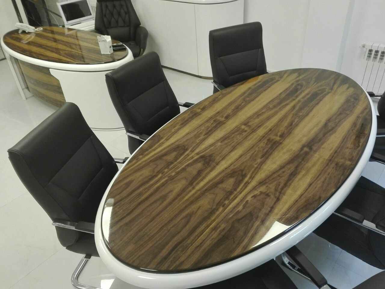 میز چوب گردو , رنگ پولیشی رستوران شاندیز