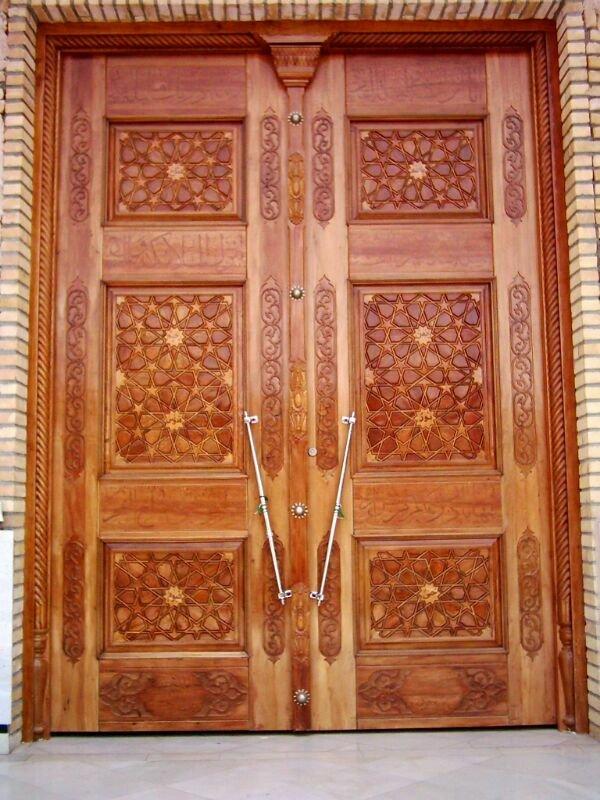 درب مسجد حضرت خدیجه ( ع) قم