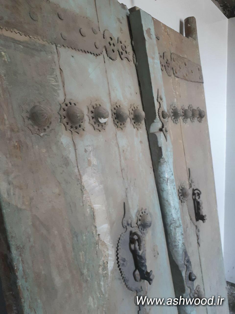 درب قدیمی چوبی، درب 200 ساله قدیمی مناسب دیزاین رستوران سنتی