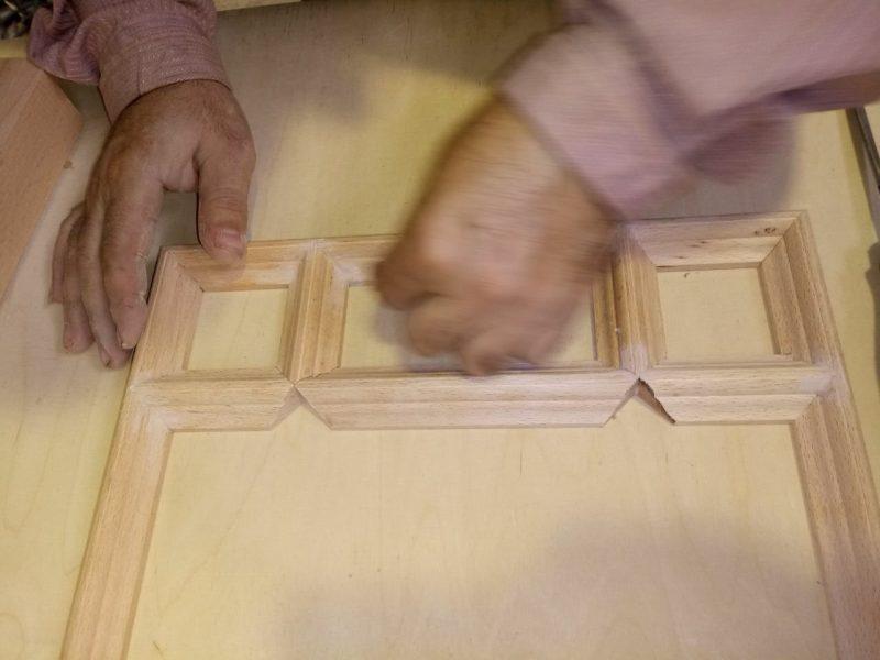 تصاویر مراحل ساخت درب و پنجره گره چینی سبک قدیم ایرانی