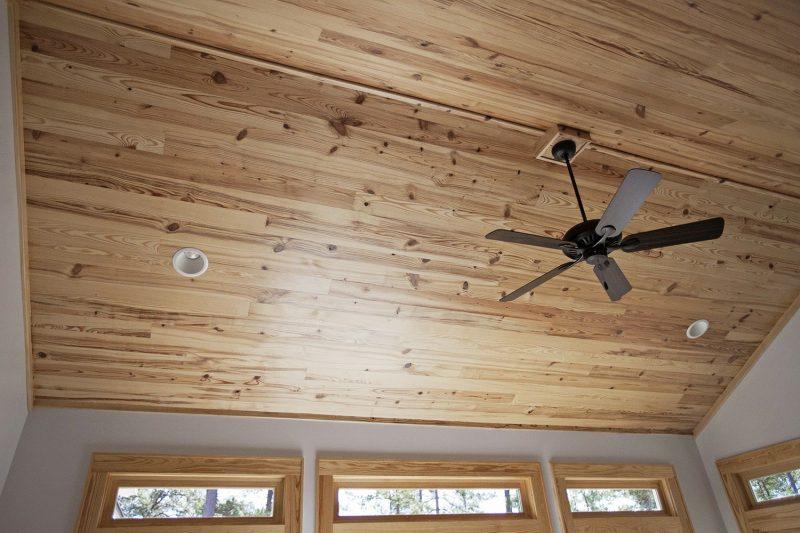 سبک روستیک در سقف های چوبی ساخته شده از لمبه وی و تیر و تیرچه لمبه , دیوارکوب چوب روسی , چوب V فرم