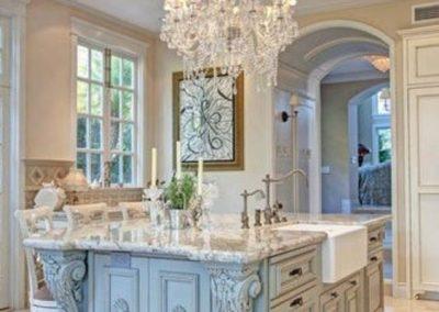 کابینت آشپزخانه چوبی , کابینت چوبی کلاسیک , کابینت کلاسیک رومی , کابینت آشپزخانه سلطنتی , کابینت سلطنتی رومی , قیمت کابینت های گلاس ترک , قیمت کابینت های گلاس ترک