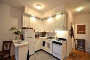 طراحی جالب آشپزخانه کوچک استرالیا در به روز رسانی مبلمان
