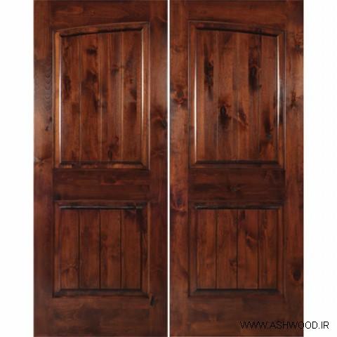 درب چوبی ساخته شده از چوب توس به سبک روستیک
