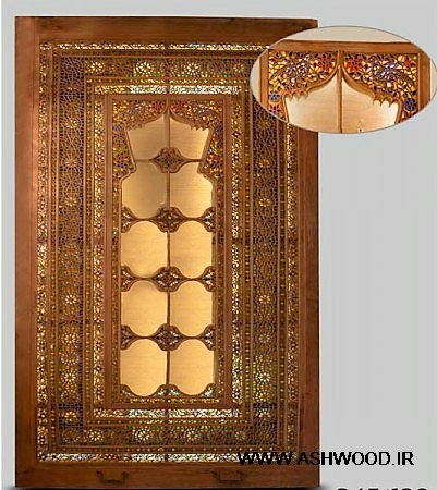 در چوبی , کوبه های قدیمی و گل میخ خای دست ساز برنجی , دکوراسیون درب ورودی ایرانی