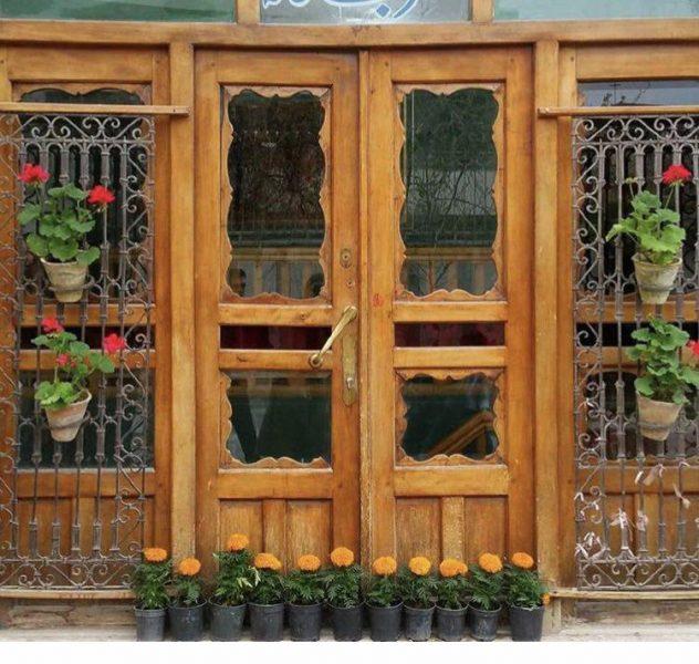 درب قدیمی سنتی ایرانی