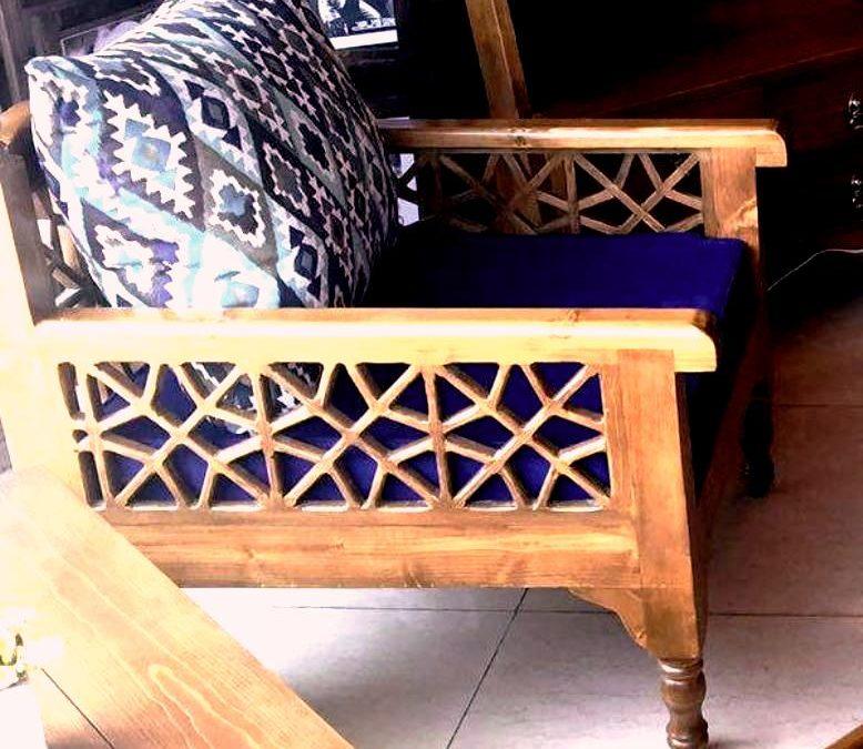 مبلمان دست ساز ( کاناپه و تخت سنتی گره چینی )