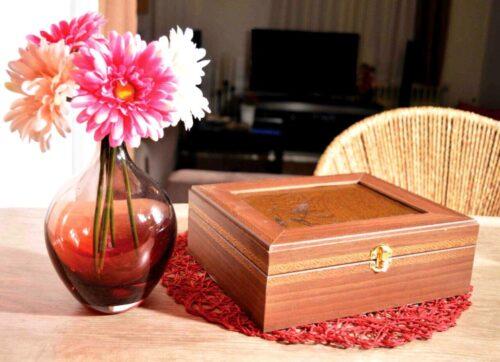 جعبه های کلاسیک کادویی , جعبه کادو چوبی , جعبه چوبی تولید کننده جعبه کادویی چوب با نقوش زیبای ایرانی