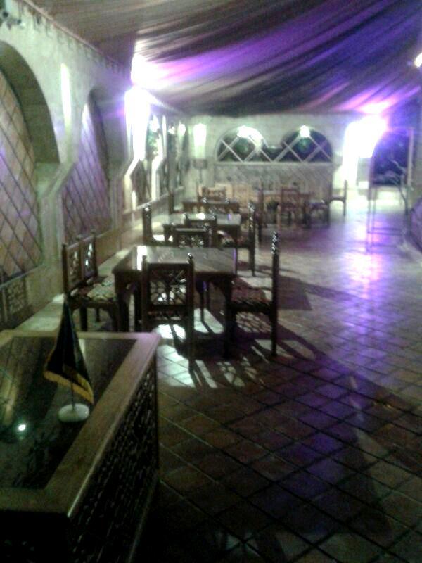 دکوراسیون سنتی ایرانی , رستوران و سفره خانه تهران لواسان