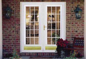 پنجره و درب چوبی