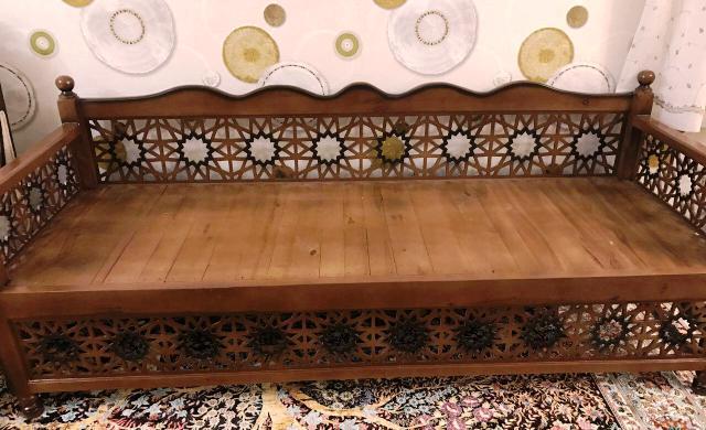 قیمت میز سنتی
