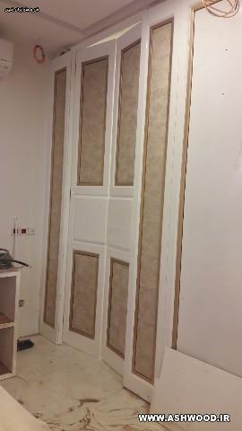 درب بلند با رنگ پولیشی سفید و پتینه طلایی