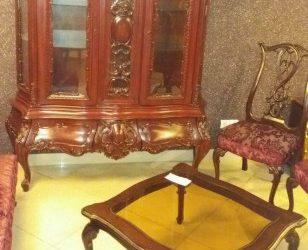 مبل و صندلی و بوفه ویترین لوکس و تمام چوب
