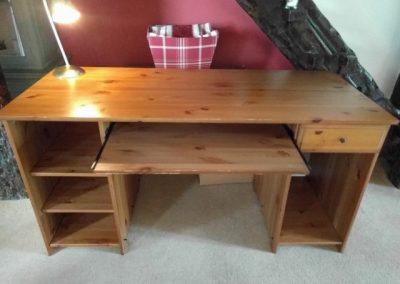 pine-wood-desk (6)
