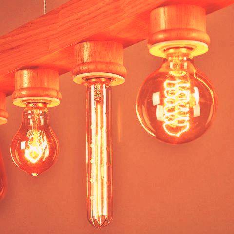 لوستر چوبی مدرن با لامپهای زیبا و خاص
