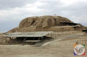آثار باستانی معبد زیگورات تپه سیلک شهر کاشان