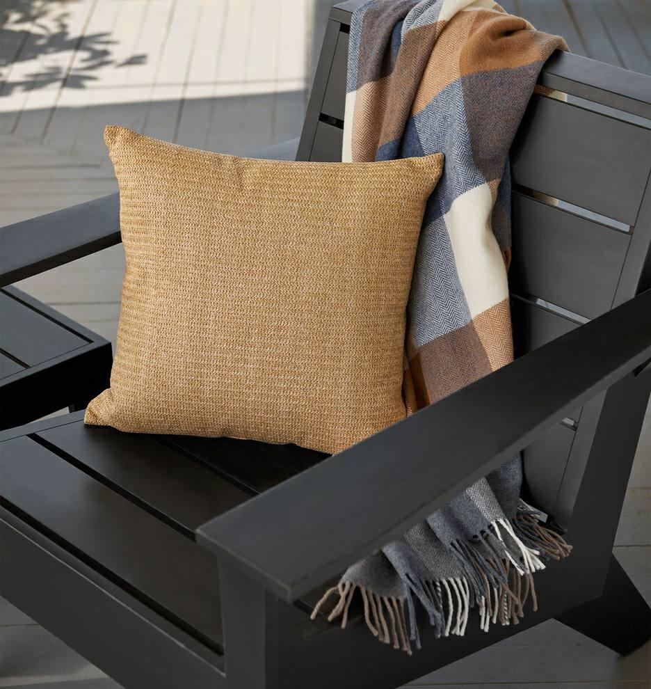 صندلی چوبی و نیمکت تمام چوب، مبلمان فضای باز
