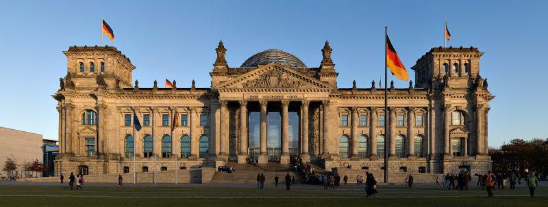 رایشستاگ، محل پارلمان مرکزی آلمان فدرال.