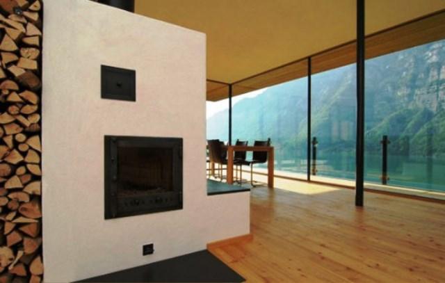 نمای شومینه ، کفپوش چوبی و سقف چوبی